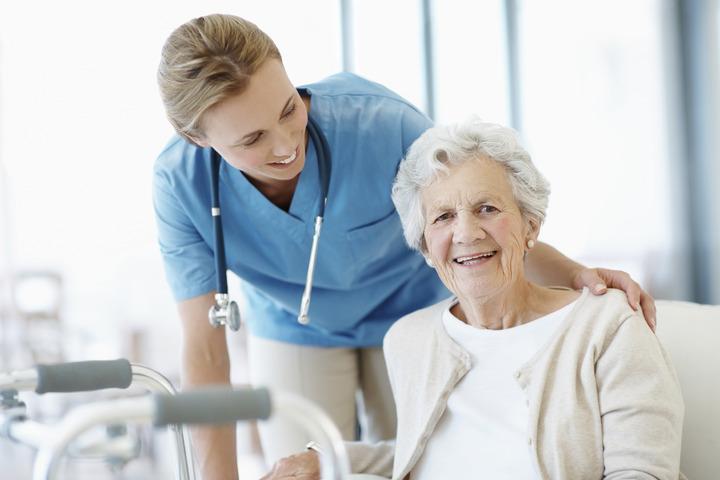 Какой должен быть уход за пожилыми после инсульта в домашних условиях